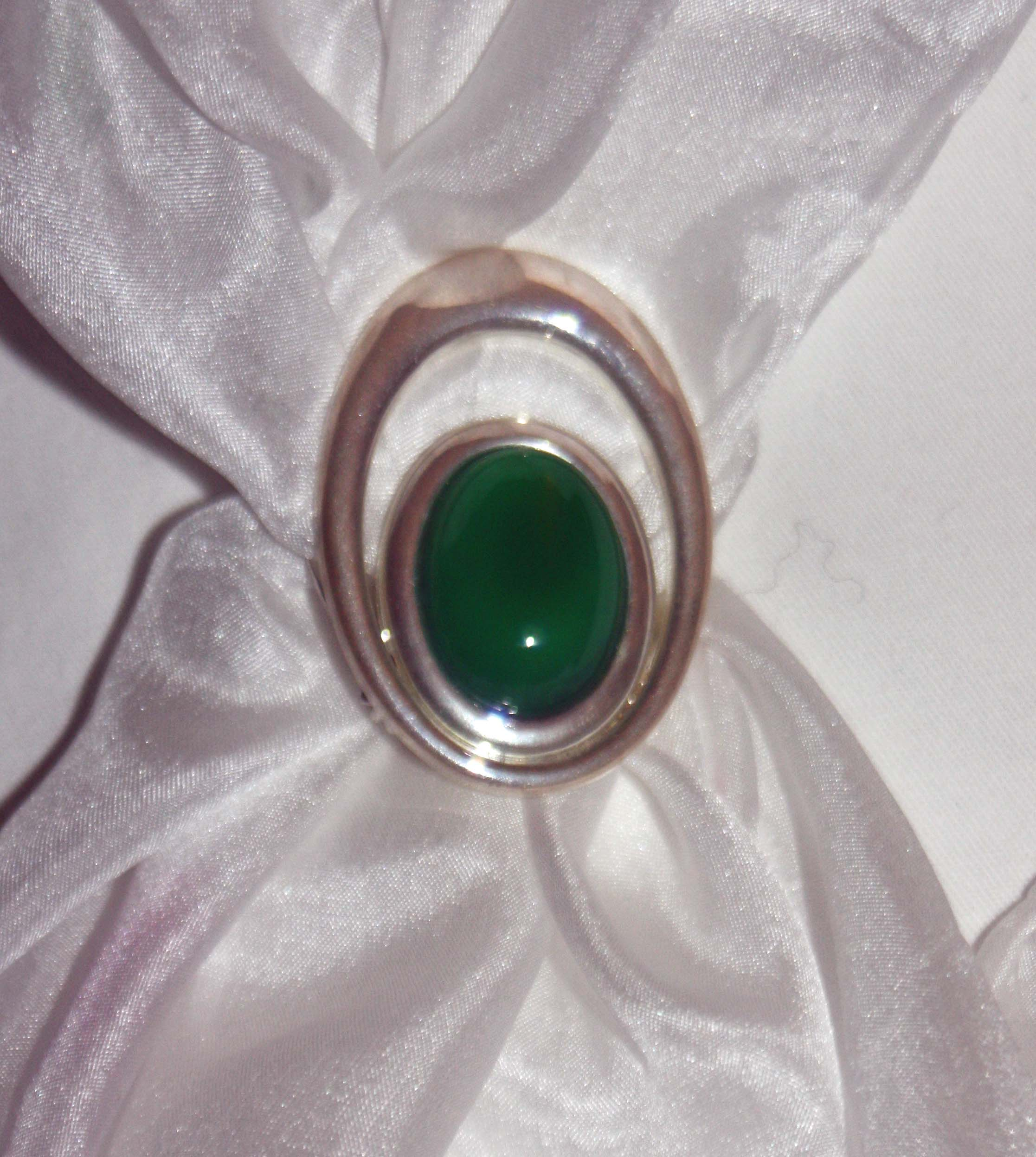 Green Oval Scarf Clasp